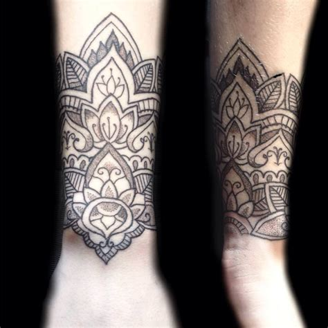 elegant tattoo designs small lotus models picture