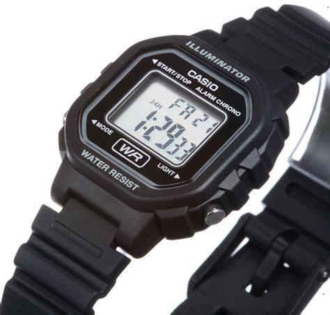 Casio G Shock Ga 100 Wh Kw1 standart digital la 20wh 2011 casio archive