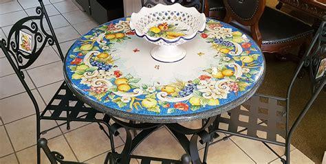 tavoli in pietra tavoli in pietra lavica decorati a mano info e prezzi