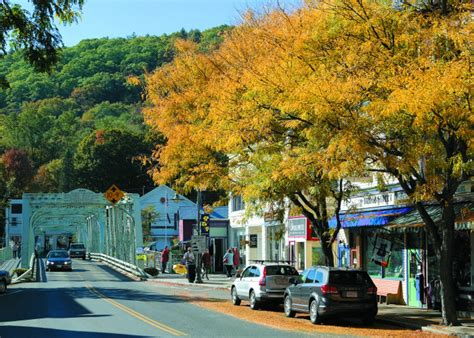 15 best small towns in new england ideas for new england vacations 15 best hidden new england small towns