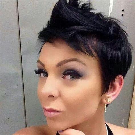 kurzhaarfrisuren dunkel moderne frisuren