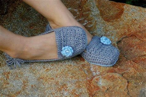 crochet house slippers 24 adorable crochet women s slippers diy to make