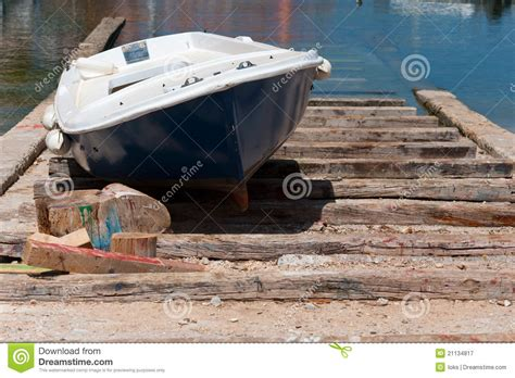 boat repair upland sail how to dry dock a boat