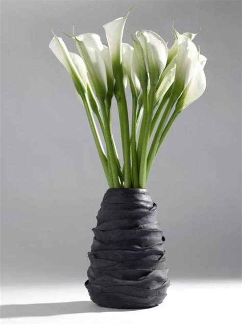 Recycle Flower Vases by Recycled Band Vases By Serax Oikos