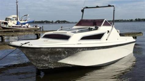 polyester vissersbootje kajuitboot motorboot mercury motor vissersboot plezierboot