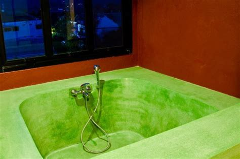 how to remove blue water stains from bathtub how to remove dye stains from a bathtub 187 how to clean