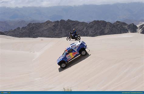 volkswagen dakar ausmotive com 187 carlos sainz and volkswagen win 2010 dakar