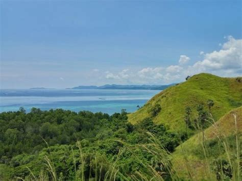 hotels  labuan bajo    prices