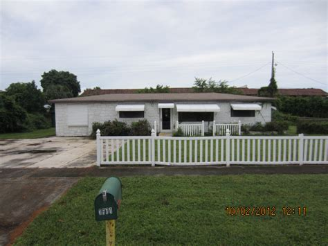 1671 Live Oak Drive West Palm Beach Fl 33415 Foreclosed Houses For Sale In West Palm Fl 33415