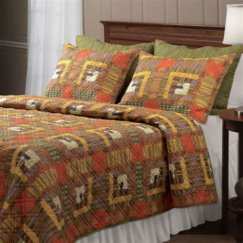 Discount Cabin Bedding by Greenland Home Fashions Lakewood Lodge Quilt Set