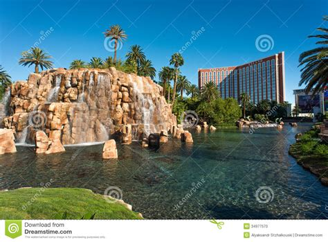 themed hotels in las vegas treasure island hotel and casino editorial image image