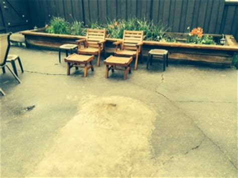 Do It Yourself Concrete Patio by Resurface Large Cracked Concrete Patio Doityourself