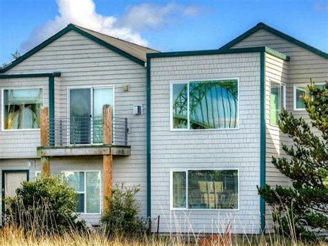 pet friendly vacation houses for rent oregon coast or