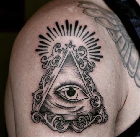 augen tattoo designs mit bedeutungen 21 ideen