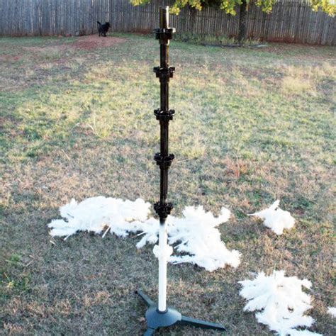 spray paint tree how to paint your tree a different color