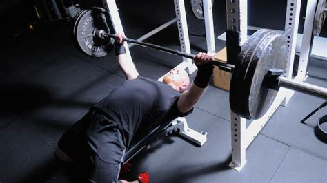 best way to improve bench press best ways to increase your bench press max benches