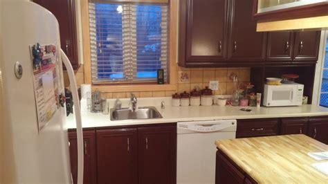 couleur pour armoire de cuisine couleur d armoire de cuisine obasinc