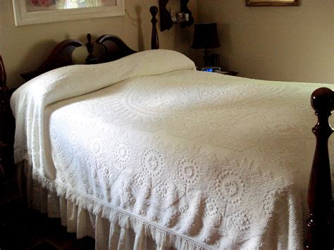 vintage comforters and bedding vintage bedspread full size morgan jones minuet george