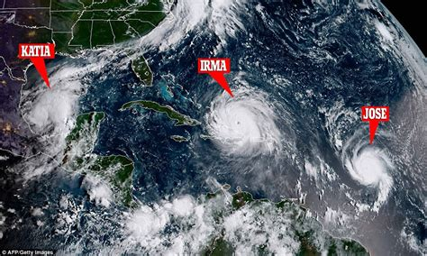 Hurricane L by American Tourists Stranded In The Path Of Hurricane Irma Daily Mail