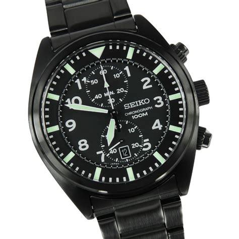 seiko mens chronograph water resistant snn231p2