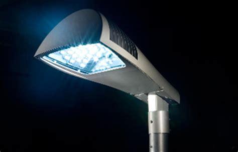 illuminazione pubblica a led eco streetline con i lioni a led migliora la sicurezza