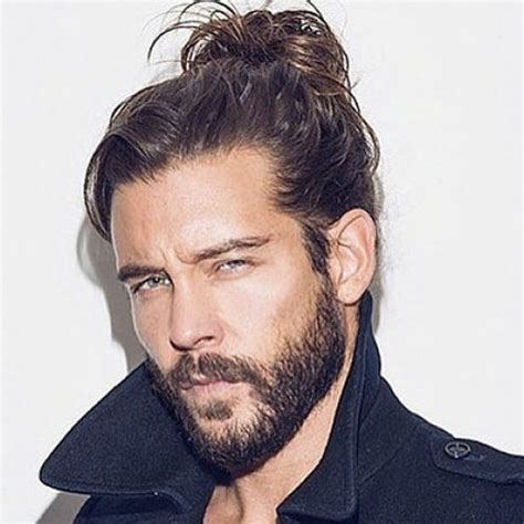 mens mun hairdo what is a man mun hair style man bun hairstyle men s