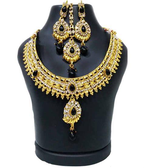 Sdl Pvc Rck Aw 34 rituraj gold antique necklace set with maang tika buy rituraj gold antique necklace set with