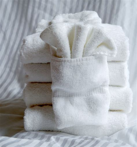 decorative towel folding ideas youll surely