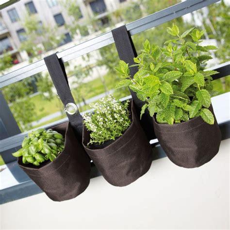 Aromates En Pot by Pots De Fleurs En Tissu Pour Plantes Aromatiques Jardin