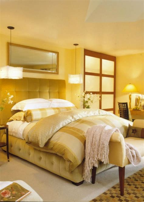 Yellow Color Bedroom by Best Colors Small Bedrooms New 2013