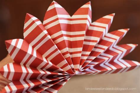 How To Make A Firework Out Of Paper - paper fireworks landeelu