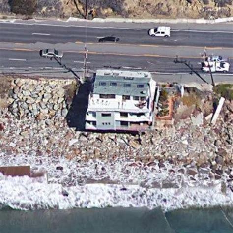 lana del rey house lana del rey s house in malibu ca google maps 2