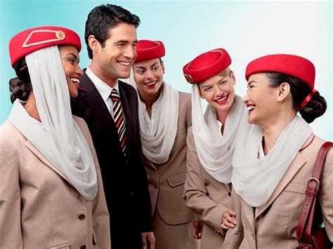 whats       flight attendant  emirates cabin crew member reveals
