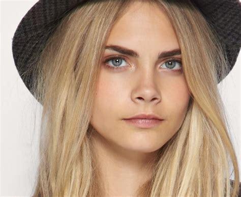 Eyebrows Are Light by Snyrtifr 198 208 I Fr 243 240 Leikur Um Augabr 250 Nir Litur M 243 Tun