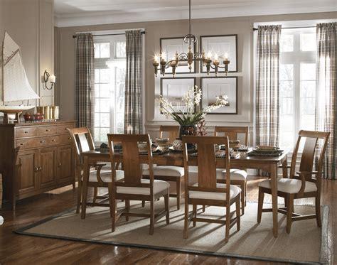kincaid dining room kincaid furniture cherry park formal dining room group