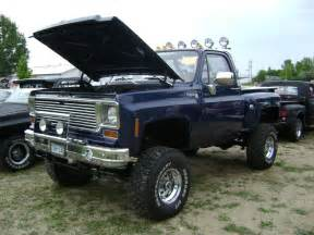 jacked up chevy trucks pictures images