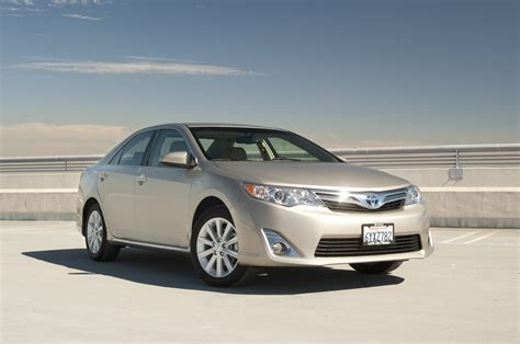 2013 Toyota Camry L 2013 Toyota Camry Xle Passenger Front Three Quarters Photo