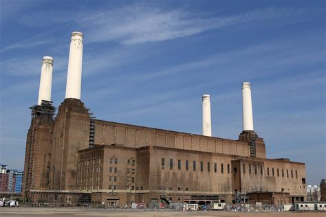 Good Home Design Games by World Famous Chimneys Of Battersea Power Station Are Fully