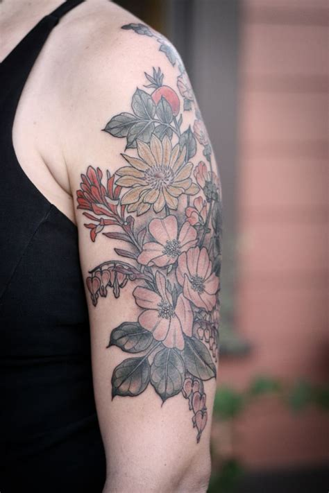desert rose tattoo best 25 hip tattoos ideas on tattoos