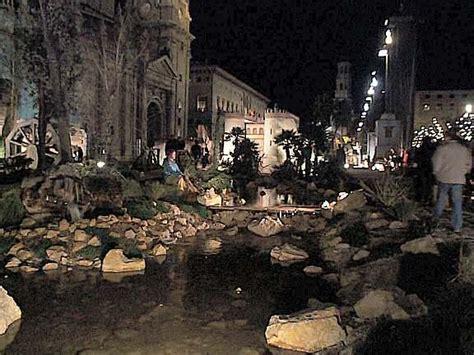 imagenes navidad zaragoza nocturna bel 233 n en la plaza del pilar zaragoza