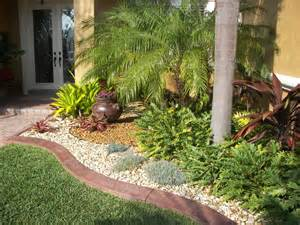 Small Tropical Garden Ideas Tropical Front Yard Landscaping Ideas With Palm Trees This For All