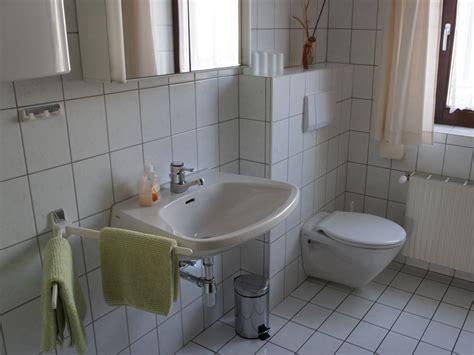 Led Le Für Badezimmer by Wand Streichen Hell Orange