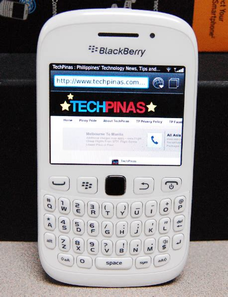 cute themes for blackberry 9320 white blackberry curve 9220 and 9320 smartphones look cute