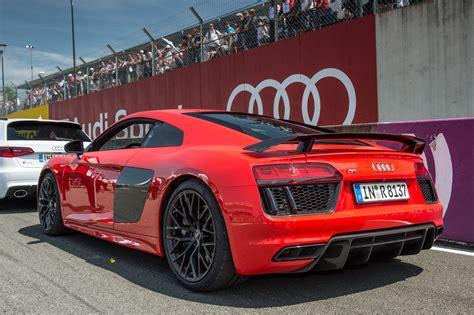 New Audi R8 by The New Audi R8 At Le Mans In Pictures Evo
