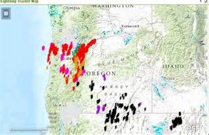 oregon lightning map thunderstorms hit western oregon heat returns monday