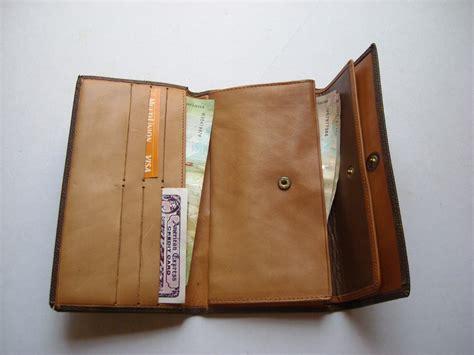 billetera o monedero de dama louis vuitton lv en cuero