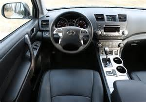 2009 Toyota Venza Interior What To Look For When Buying A Used Toyota Highlander