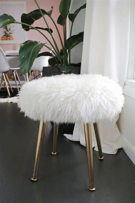 pink furry desk make a furry stool with gold legs in minutes a