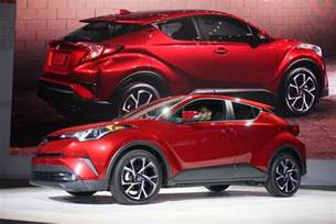 Toyota Subcompact Another Tiny Suv No Awd For 2018 Toyota C Hr Subcompact