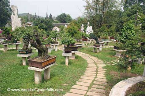 china garden niagara falls huangguoshu waterfall anshun guizhou china